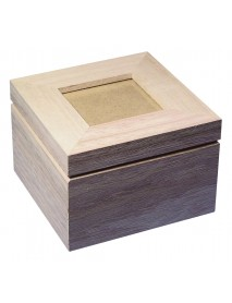 WOODEN BOX WITH PHOTO COVER 12x12x8.2cm